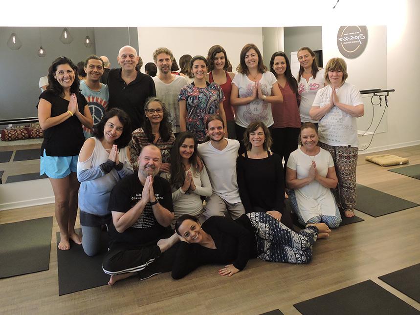 Aula inaugural de Hatha Yoga e Meditação no Spazo